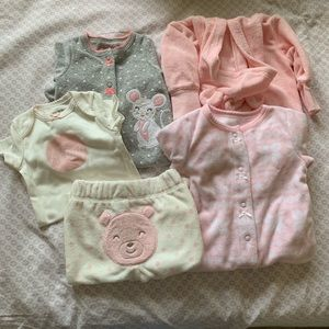 Bundle of 5 pieces of baby clothes. Carters brand